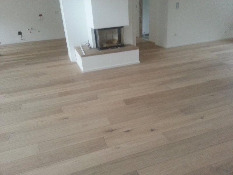 industrieparkett eiche hell. Black Bedroom Furniture Sets. Home Design Ideas